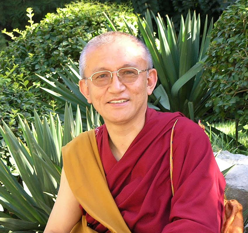 Foto web1 Gonsar Rinpoche